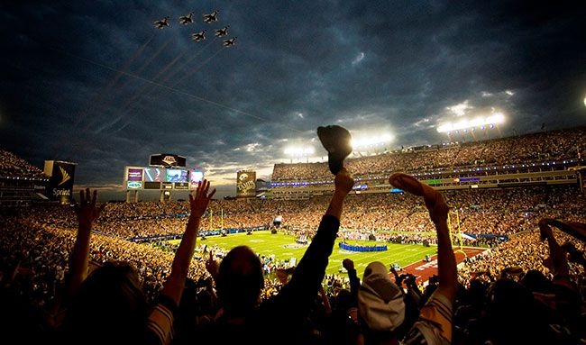 Super_Bowl_XLIII_-_Thunderbirds_Flyover_-_Feb_1_2009blogimage.jpg